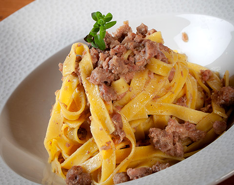 primo-piatto-lasagnette-al-ragu